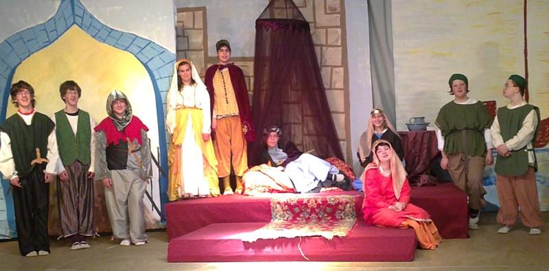 Probenfoto von 'Flore und Blanchefleur' (Klassenspiel der 8. Klasse)
